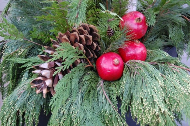 Outdoor Christmas Planters With Lights.Outdoor Holiday Planters The Art Of Doing Stuffthe Art Of