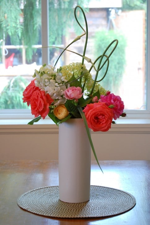 Flower Of The Week Scapes The Art Of Doing StuffThe Art Of - Artist turns nyc trash cans into giant flower filled vases