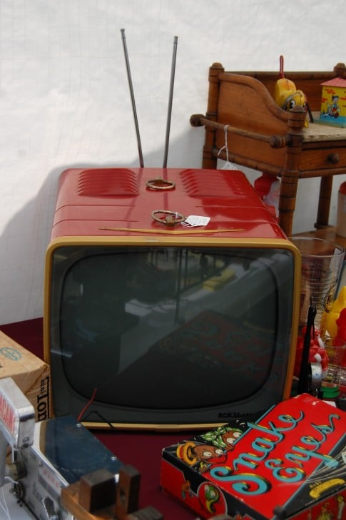 This is the television I'd like to watch Leave it to Beaver on.