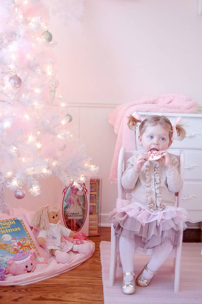 The Second Was Born It All Pink Time And Christmas Is No Exception Behold Pretty Bedroom That Almost Took My