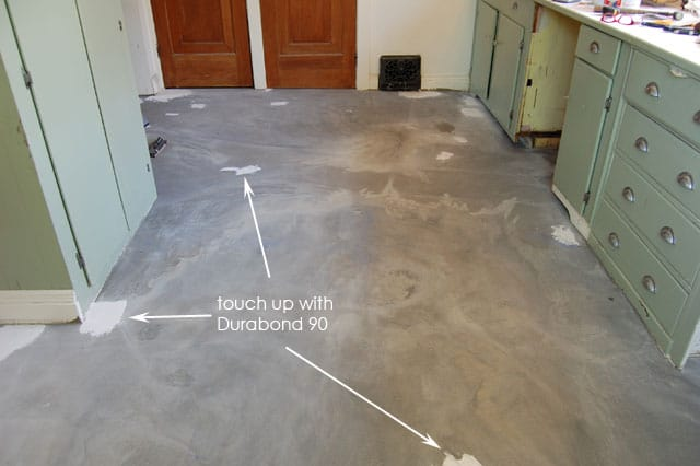 How to pour self levelling cement yourselfe art of doing stuff even after re levelling the floor i had issues with dips and bumps it was easy to correct them with a bit of durabond 90 solutioingenieria Image collections