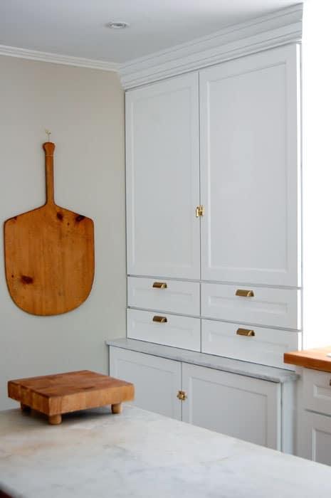 customized-martha-stewart-cabinets-3
