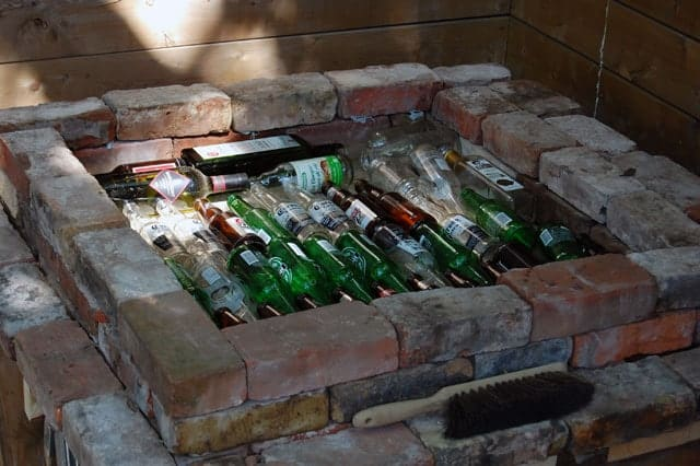 pizza-oven-base-insulation-bottles