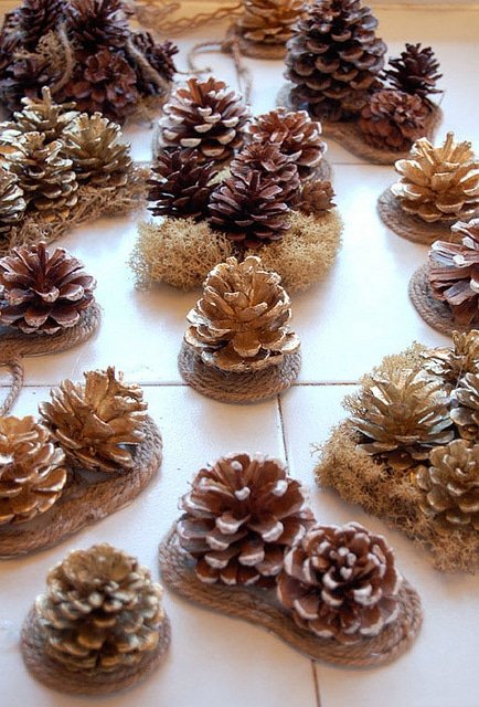 Pine Cone Bows3