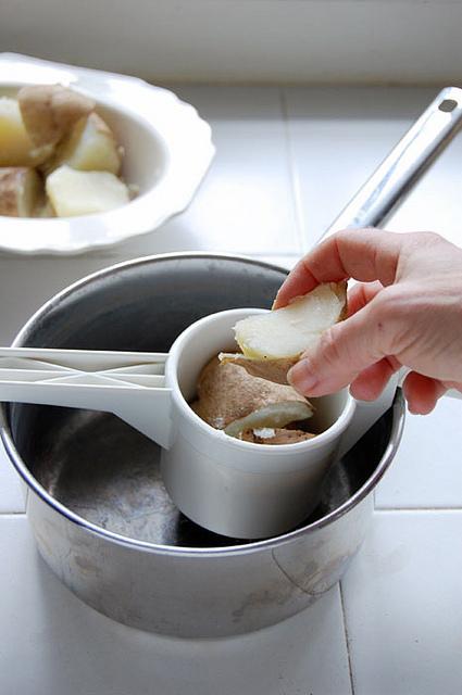 Potato Ricer 4