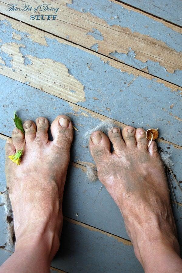 emjoi-foot-sander-review-ugly-feet
