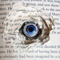 Creepy Halloween DIY Craft. Book Eyes!