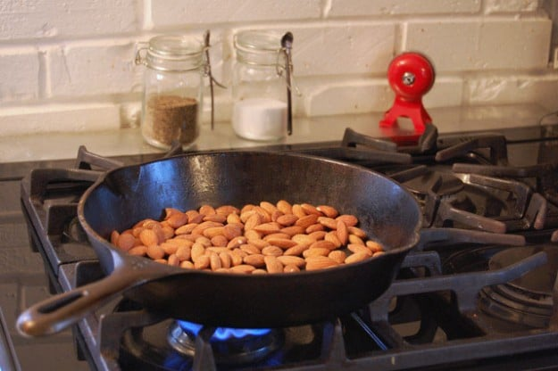 pan almonds
