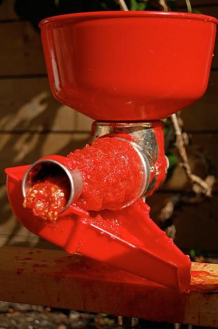 tomato press