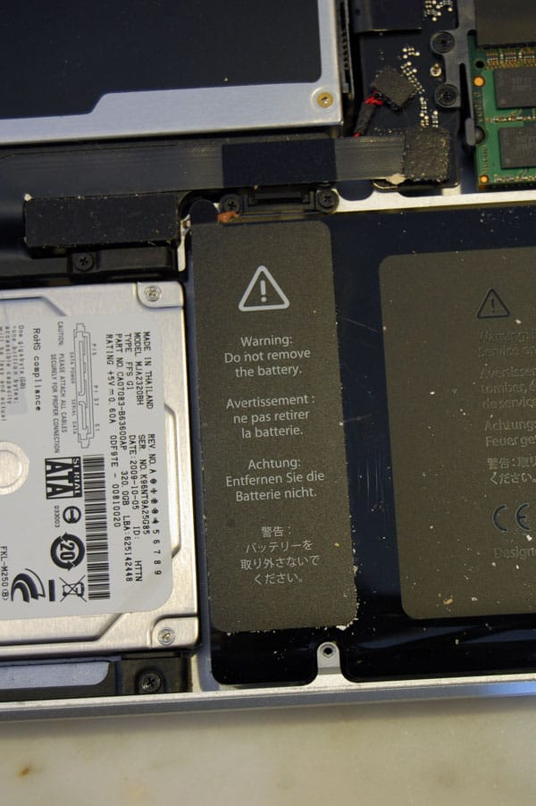 replacing-macbook-pro-battery-12