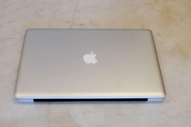 replacing-macbook-pro-battery-2