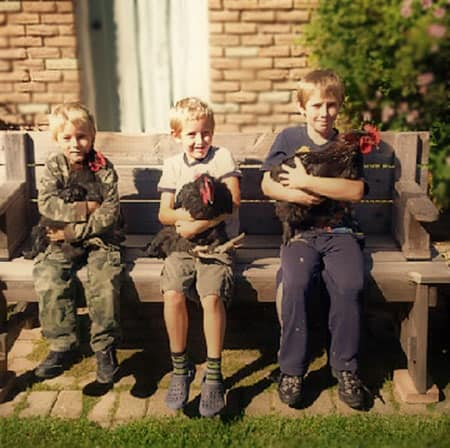 boys-with-roosters