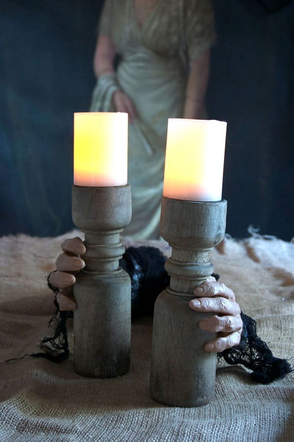 halloween-hands-on-candle