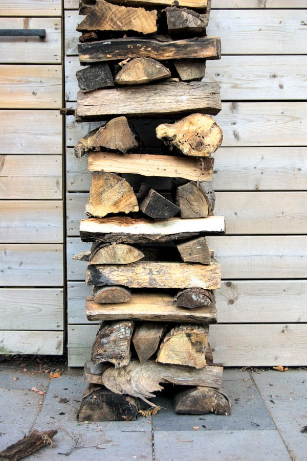 how-to-stack-wood-10