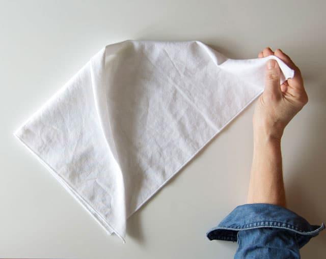 tuxedo-napkin-4