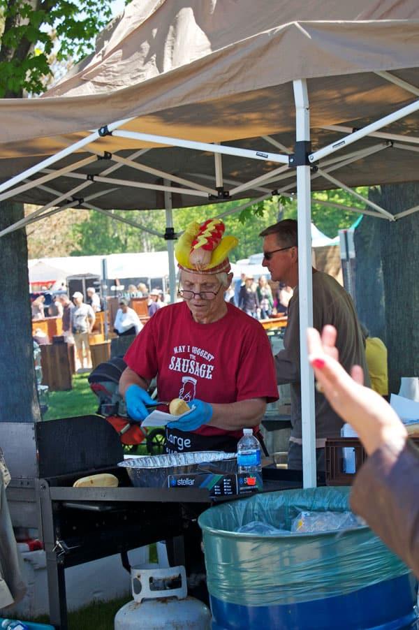 hot-dog-hat