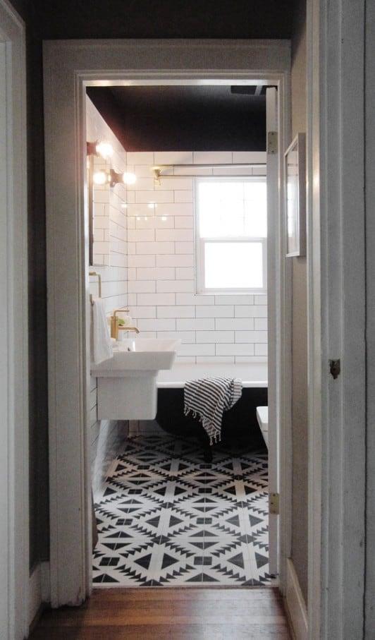29th_Ave_Bathroom_Makeover_Curbly_013_large_jpg
