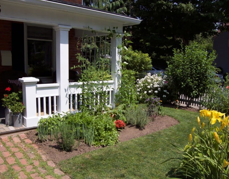 front-yard-vegetable-garden-5