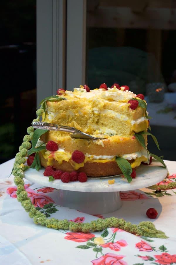 naked-cake-eaten