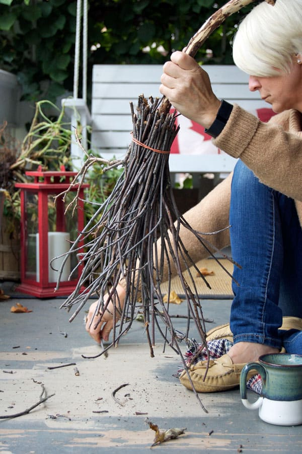 How To Make A Witches Broom The Art Of Doing Stuff