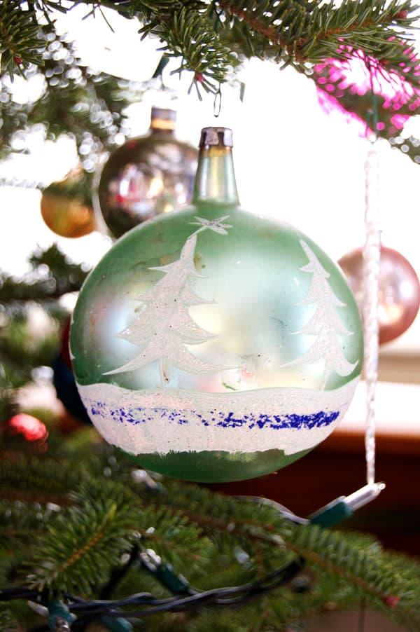 vintage-ornament-2