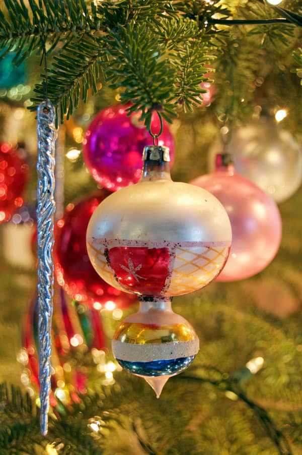 vintage-ornament