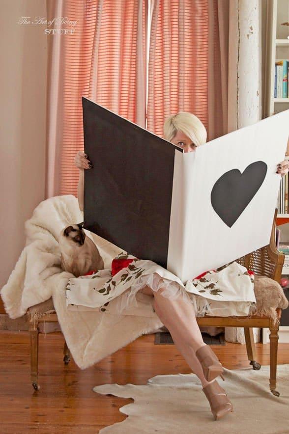 peeking-huge-valentines-card