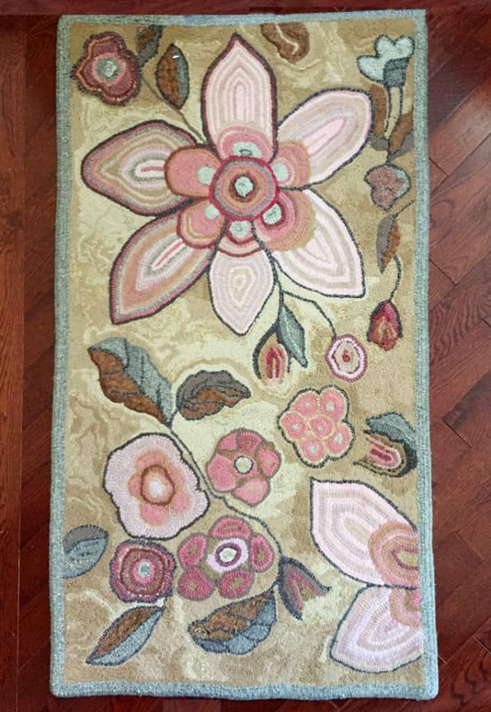 hooked-rug-hilda