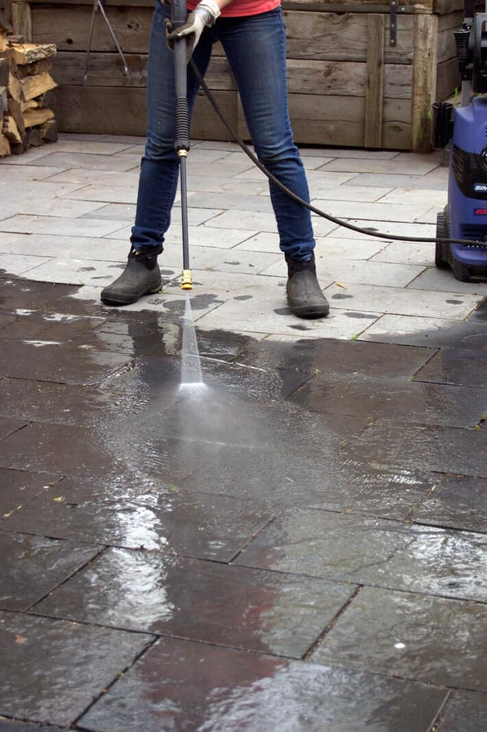 pressure-washing-flagstone