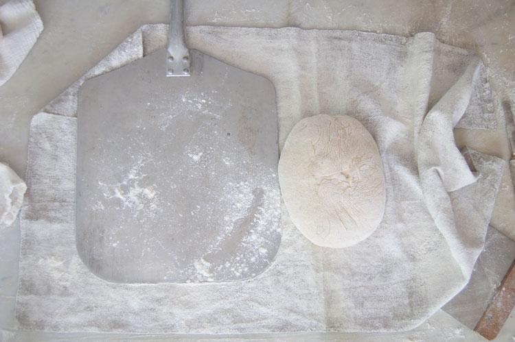 Getting-dough-on-peel-1