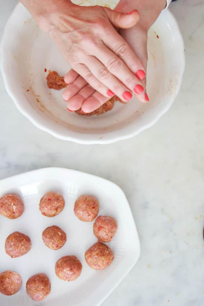 forming-meatballs-blue-apron