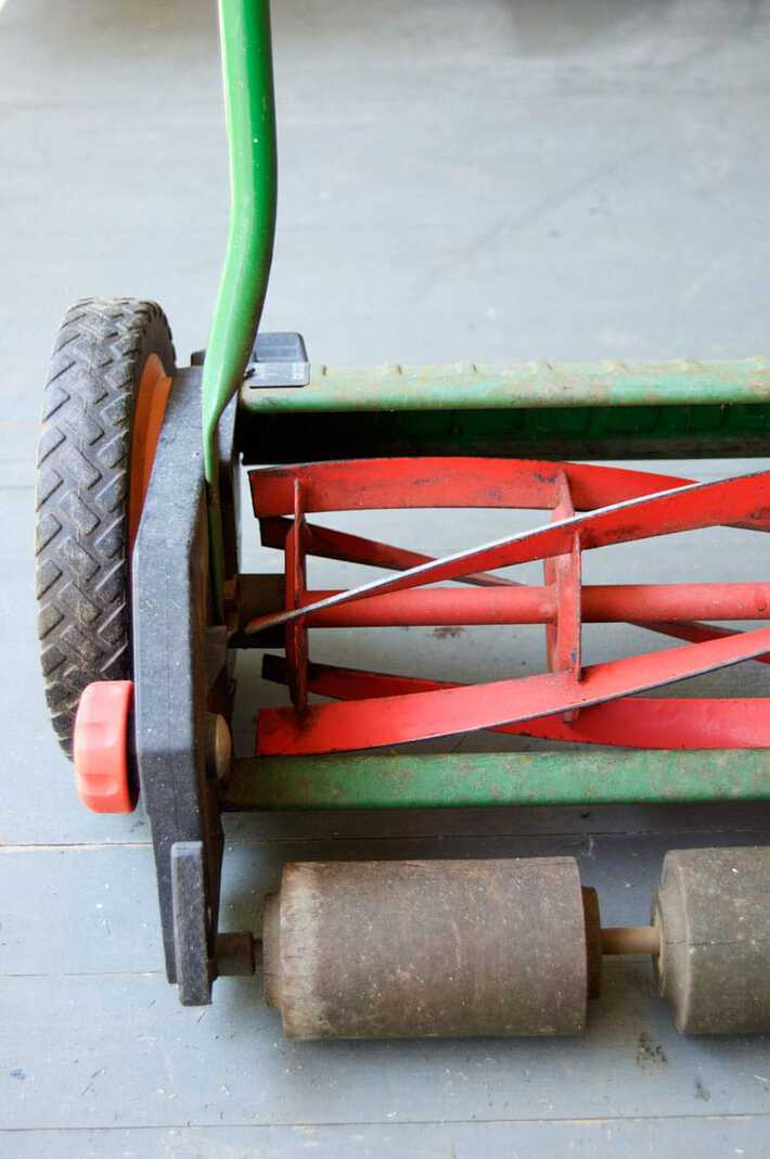 push-mower-sharpened
