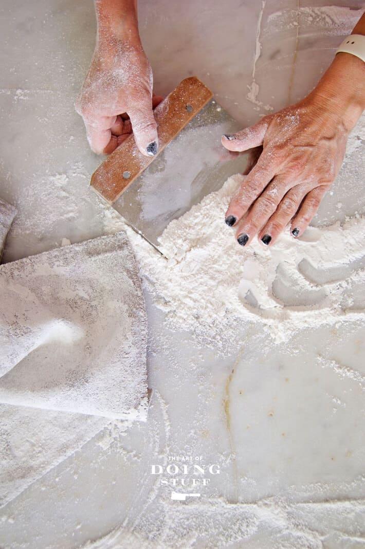 scooping-flour