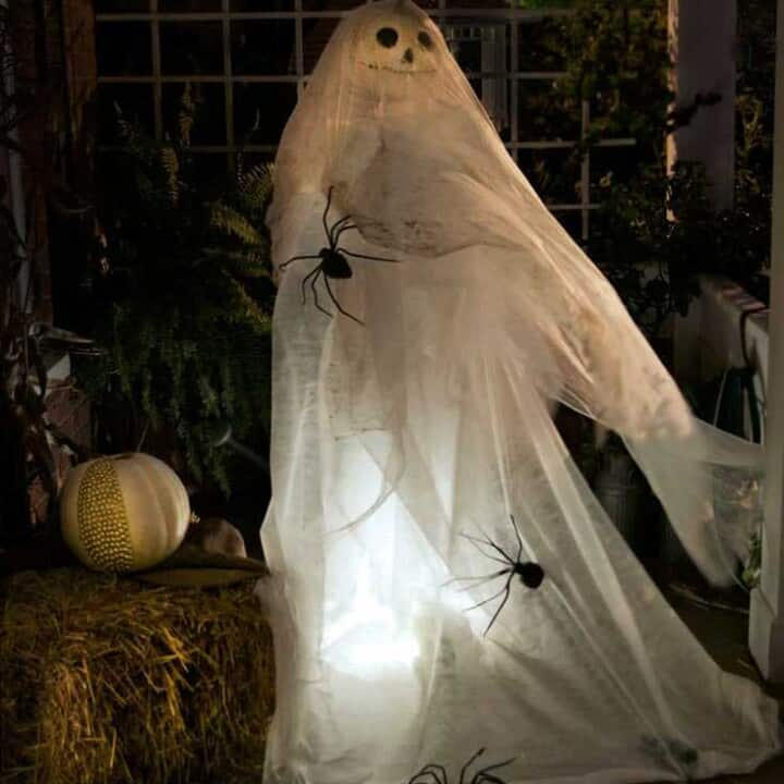 Halloween Ghost Decoration.
