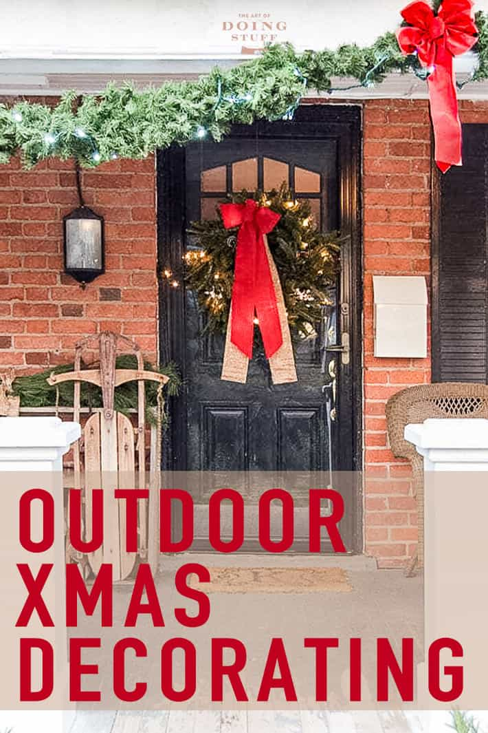 Outdoor Christmas Decorating Ideas | Holiday Inspiration!