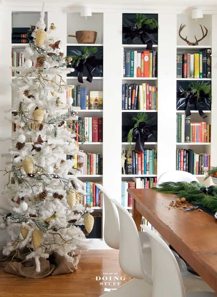 bookcases-at-christmas