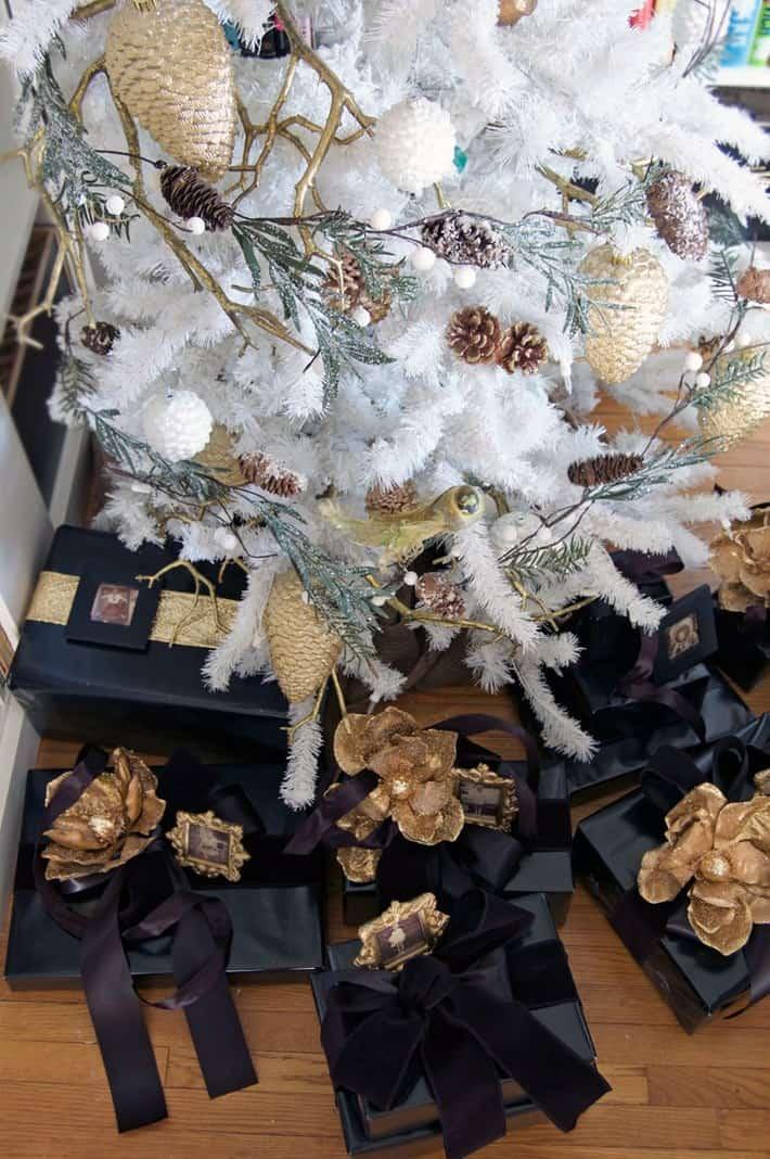presents-under-tree-overhead