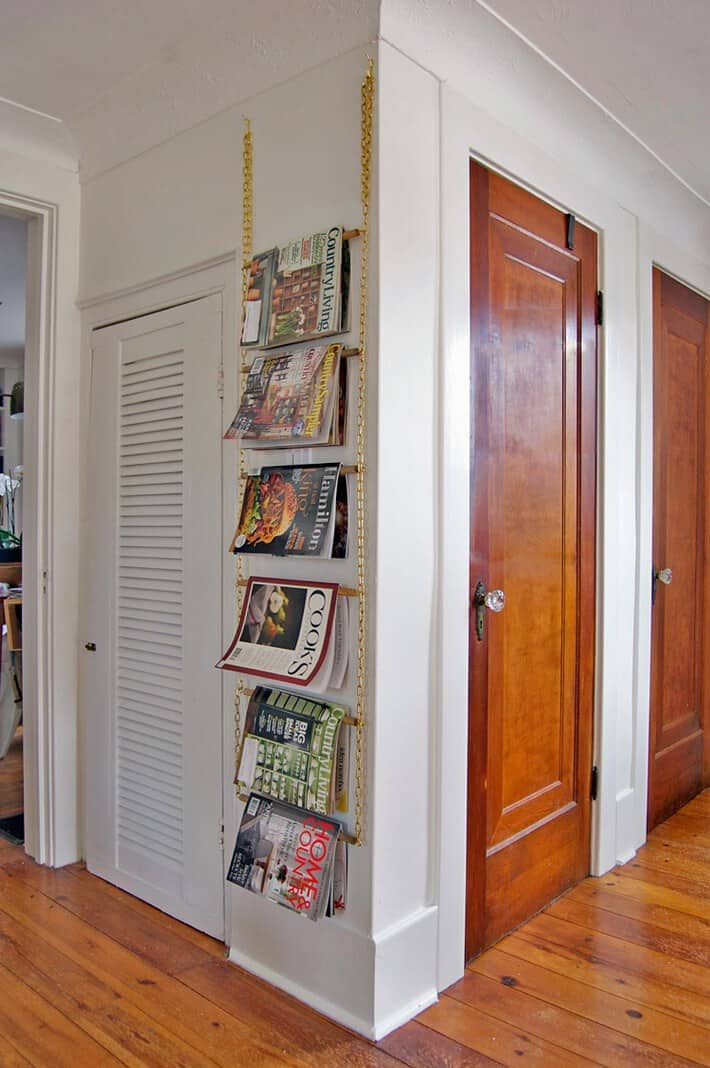 Easy-DIY-magazine-wall-rack