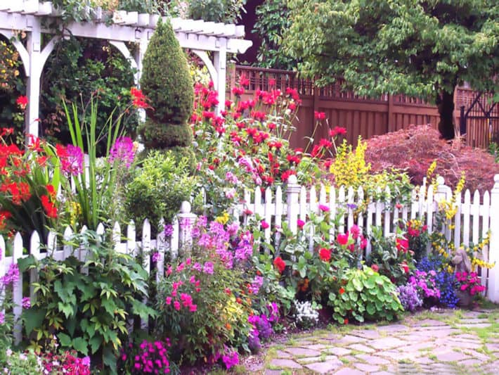 The English Cottage Garden The Art Of Doing Stuff