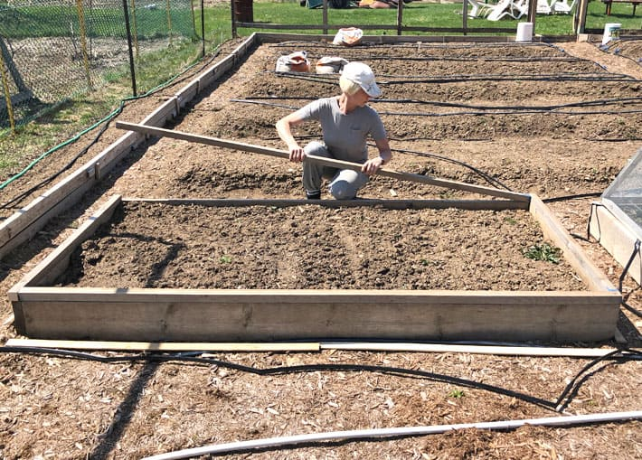 Make a Hinged Hoop House. | The Art of Doing StuffThe Art of ... Raised Bed Hoop House Plans on pvc hoop greenhouse plans, raised beds from found materials, raised garden hoop, printable greenhouse plans, raised garden beds designs, garden bed plans, raised bed building plans, simple greenhouse plans, raised bed planting plans, raised bed planter box plans, raised bed greenhouse plans, raised bed gardening plans,
