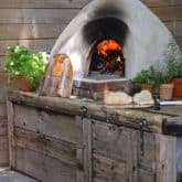 How to Use a Pizza Oven. Cooking Pizza in your Cob Oven.