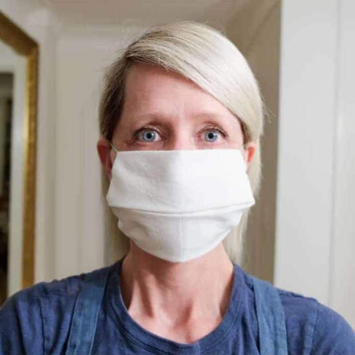 No Sew Face Mask. (To Be Used to Protect Others)